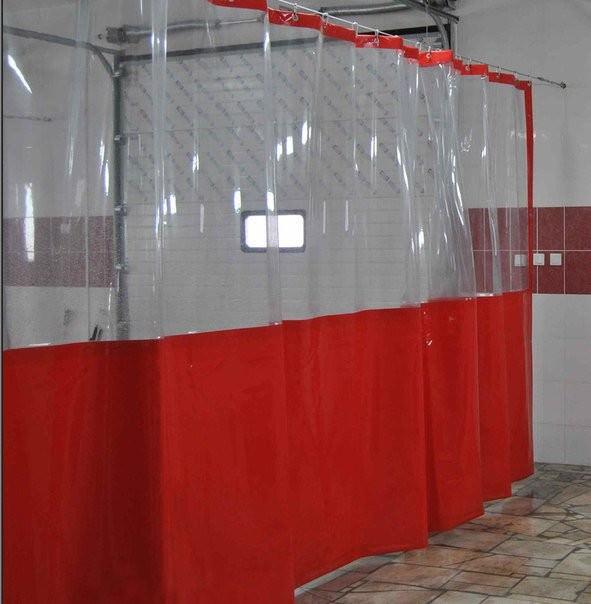 Промышленная штора из прозрачной ПВХ пленки для автомойки